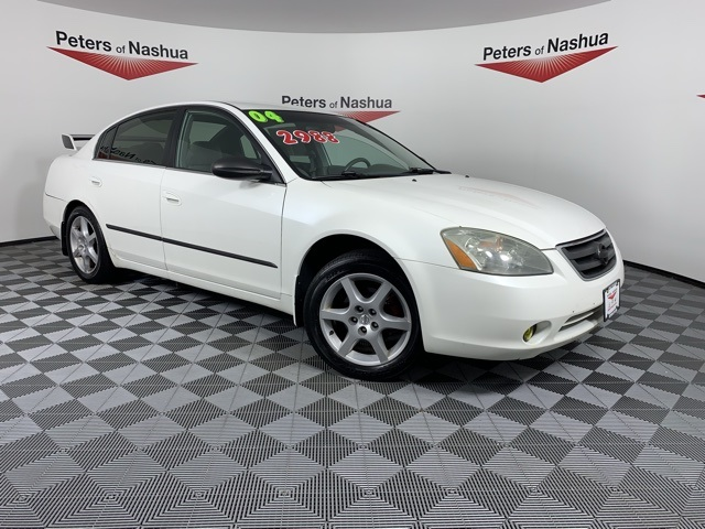 Pre-Owned 2004 Nissan Altima 3.5 SE